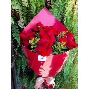Bouquet com 6 rosas nacionais