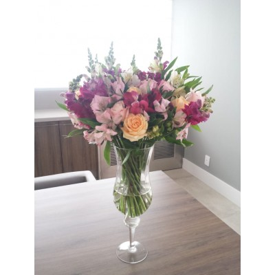 Flores nobres coloridas (Arranjo somente para assinatura quinzenal ou mensal de flores)