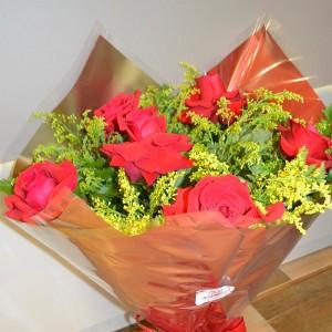 Bouquet de 6 Rosas Vermelhas Importadas